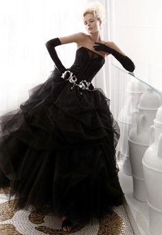 Черное платье для невесты что значит