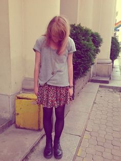 Casual loose tee, Vintage floral Skirt//// gray tshirt, floral baby doll dress underneath, black tights, maroon doc martens