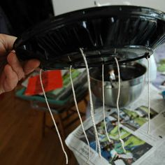 seed starting- self watering concept using wicking underneath, mini greenhouse concept using clear lid on top. Maybe put several in a large deep tray, propped off the bottom of the tray so it doesn't waterlog the bottoms but allows for self watering? Organic Gardening, Gardening Tips, Sustainable Gardening, Self Watering Containers, Vertical Vegetable Gardens, Paper Pot, Starting Seeds Indoors, Weed Seeds, Tomato Garden