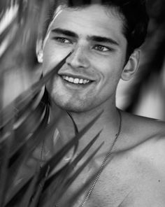 Sean and his manly looks Most Beautiful Man, Beautiful People, American Male Models, Sean O'pry, Dream Boyfriend, Prom Photos, Down South, Guy Pictures, Tobias