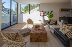 Tilt-Shift House by Aaron Neubert Architects