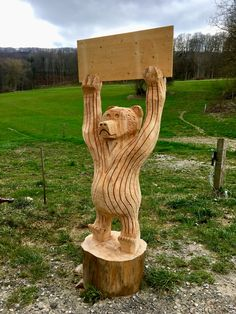 schnitzebitz.ch Wood Carvings, Topiary, Firewood, Bears, Sculpture, Texture, Fitness, Crafts, Diy Creative Ideas