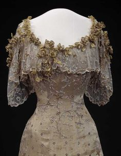 Gala Gown - 1906-1907 - by Morin-Blossier, Paris - Worn by Queen Maude of Norway - Nasjonalmuseet for kunst, arkitektur og design, Norway