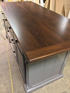 Supreme Kitchen Remodeling Choosing Your New Kitchen Countertops Ideas. Mind Blowing Kitchen Remodeling Choosing Your New Kitchen Countertops Ideas. Butcher Block Countertops, Kitchen Countertops, Kitchen Cabinets, Wooden Countertops, Cheap Furniture, Kitchen Furniture, Bedroom Furniture, Furniture Ideas, Industrial Furniture