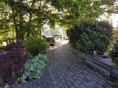 Gången till köksträdgården Sidewalk, Side Walkway, Walkway, Walkways, Pavement