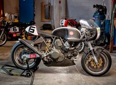 RocketGarage Cafe Racer: Monster 750 Endurance Racer