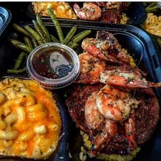 Ribeye Steak Topped w/ Shrimp o/ Bed of Wild Rice, Mac-N-Cheese and String Green Beans Food Goals, Aesthetic Food, Food Cravings, I Love Food, Soul Food, I Foods, Food Porn, Foodies, Cooking Recipes