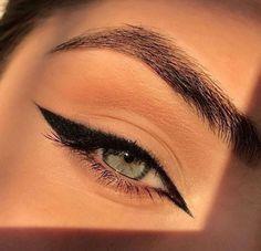 Edgy Makeup, Makeup Eye Looks, Eye Makeup Art, Skin Makeup, Makeup Inspo, Eyeshadow Makeup, Makeup Ideas, Beauty Makeup, Beauty Skin