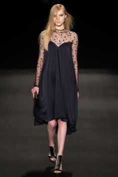 Monique Lhuillier - Fall 2015 Ready-to-Wear - Look 20 of 37 - LOOOOVE - sheer top stars, black, sweetheart
