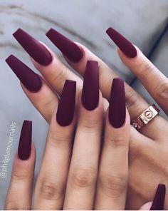 Burgundy Acrylic Nails, Acrylic Nails Coffin Short, Simple Acrylic Nails, Fall Acrylic Nails, Purple Nails, Brown Nails, One Color Nails, Burgundy Nail Designs, Edgy Nails