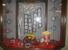 Read The 'REEL' Story! - Hollywood Themed Back-To-School Bulletin Board
