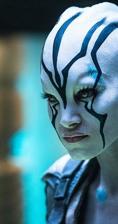 Sofia Boutella Through the Years Comic-Con Focus on Sofia Boutella - IMDb<br> Sofia Boutella in Star Trek Beyond Star Trek Cast, Star Trek 1, Star Trek Beyond, Star Trek Reboot, Sofia Boutella, Star Trek Characters, Creative Makeup Looks, Star Track, Star Trek Universe