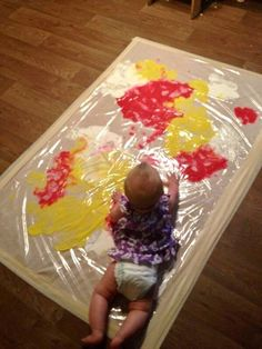 paint recipes & art activities for babies & toddlers. I paint recipes & art activities for babies & toddlers. I love the MESS FREE a… paint recipes & art activities for babies & toddlers. I love the MESS FREE art ideas! Baby Sensory Play, Baby Play, Infant Play, Toddler Art, Toddler Crafts, Crafts Toddlers, Infant Crafts, Infant Activities, Activities For Kids