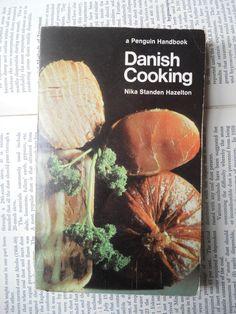 Danish Cooking - Nika Standen Hazelton, 1967, Penguin