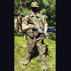Grenadier #swiss #army #swissarmy #specialoperations #sof #kommandospezialkräfte #ksk #grenadier #gren #isone #semperfidelis #sf #switzerland #military #soldier #stgw07 #fass07 #sig553 #schweiz #suisse #svizzera #ticino