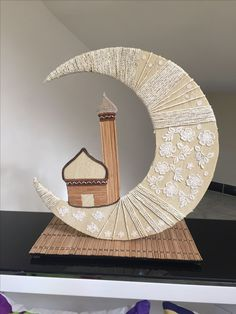 Discover recipes, home ideas, style inspiration and other ideas to try. Eid Crafts, Ramadan Crafts, Ramadan Decorations, Diy And Crafts, Crafts For Kids, Islamic Decor, Islamic Wall Art, Decoraciones Ramadan, Eid Milad Un Nabi