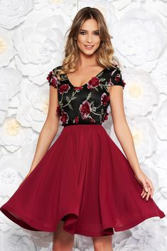 "StarShinerS burgundy occasional cloche dress voile fabric with v-neckline embroidered with floral details with 3d effect, floral details, flaring cut, ""V"" cleavage, 3D effect, embroidery details, short sleeves, voile fabric"