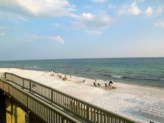 Rosemary Beach. Never too far by Abbi Glines
