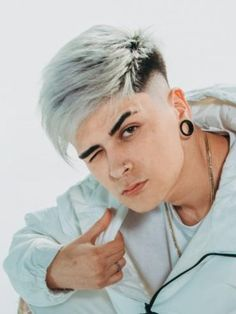 """Hello guys, welcome to Ani Exclusive, today we offer you """"great haircuts for men"""". When you see these exceptional men's haircuts, you will understand why… Braided Dreadlocks, Short Dreads, Dread Braids, Short Hair Undercut, Mens Braids, Braids For Short Hair, Undercut Hairstyles, Short Hair Styles, Great Haircuts"""