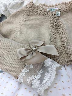 Baby Girl Cardigan Crochet Baby Jacket K - Diy Crafts - maallure Crochet Baby Jacket, Knitted Baby Cardigan, Knitted Baby Clothes, Crochet Clothes, Baby Girl Cardigans, Baby Sweaters, Sweater Knitting Patterns, Knit Patterns, Diy Crafts Dress
