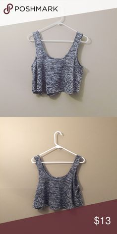 crop swing tank gray swing crop top from love culture (not brand listed) ! perfect for working out. only worn once + in excellent condition 🌙 like new! ✨ 🎉   • make an offer ^_^ ! • Asos Tops Crop Tops