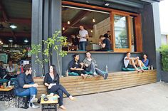 Restaurant Seating, Restaurant Concept, Cafe Restaurant, Restaurant Design, Small Coffee Shop, Coffee Shop Bar, Interior Design Work, Cafe Interior, Cafe Display