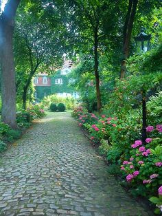 Rund um das alte Rittergut und Adelssitz Haus Vortlage
