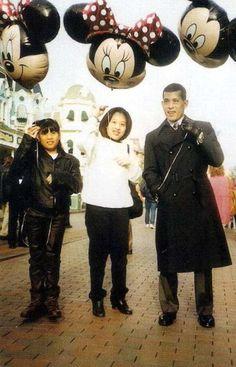 Prince Maha Vajiralongkorn, (born 28 July is the only son of Bhumibol Adulyadej, the King of Thailand, and Queen Sirikit. King Rama 10, King Bhumipol, King Of Kings, King Queen, Crown Prince Of Thailand, King Thailand, Queen Sirikit, Thailand Photos, Great King