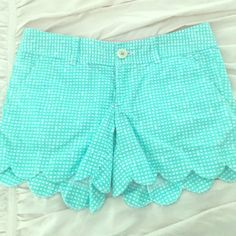 Lilly buttercup shorts!!!! The length of j crew chino shorts! Extremely comfortable Lilly Pulitzer Other