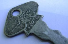 Old Ford Key