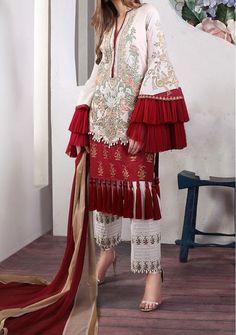Sana Safinaz Muzlin Volume 3 Lawn With Lawn Dupatta Pakistani Fashion Casual, Pakistani Dresses Casual, Pakistani Bridal Dresses, Pakistani Dress Design, Pakistani Lawn Suits, Pakistani Couture, Bridal Lehenga, Stylish Dress Designs, Stylish Dresses