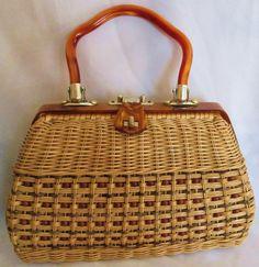 1950's Women's Woven, Bakelite & Beaded Handbag