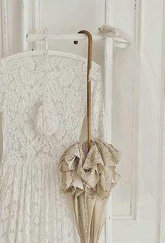 ... /silk/linnen** on Pinterest Antique lace, Vintage lace and Linens
