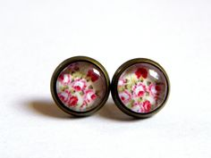 Cabochon Ohrstecker ♥ Blumen♥ 10mm von Luisa Ventocilla Shop auf DaWanda.com