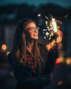 Recommendations for girl characters – Anna von Klinski – girl photoshoot Diwali Photography, Tumblr Photography, Light Photography, Creative Photography, Amazing Photography, Photography Ideas, Sparkler Photography, Happy Photography, Photography Quotation