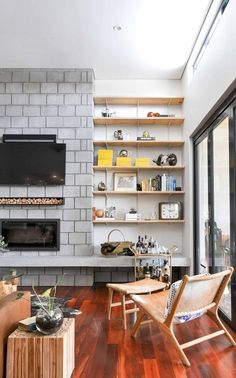 Masterful Mixing: Real Rooms that Ace Multiple Wood Finishes — Rooms That Get It Right