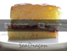 Feather-Light Sponge Cake with Jam & Cream Light Sponge Cake Recipe, Sponge Cake Recipes, Poke Cakes, Layer Cakes, Strawberry Cakes, Let Them Eat Cake, Vanilla Cake, Coconut Cakes, Lemon Cakes