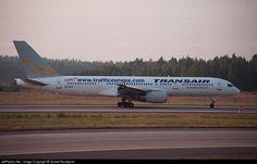 Boeing 757-2G5, Transair Sweden, SE-RCE, cn 24176/173, first flight 11.4.1988 (LTU Sued), Transair Sweden delivered 6/2002, next Atlasjet (1.8.2003). Active, Federal Express (FedEx), (22.9.2011). Foto: Stockholm, Sweden, 11.8.2002.