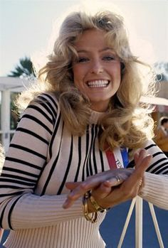 Icon- Farrah Fawcett  Did she ever have a bad hair day?