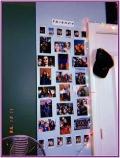 Easy Bedroom Decor Ideas for Teen Girls – Photo Wall Ideas photo collage with led lights Cute Room Ideas, Cute Room Decor, Teen Room Decor, Teen Rooms, Photowall Ideas, Tumblr Rooms, Decoration Inspiration, Decor Ideas, 31 Ideas