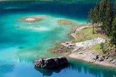 Der Caumasee: Sieht aus, wie in der Karibik, oder? A Cure For Wellness, Wanderlust, Places To Visit, Rapunzel, Outdoor, Vacation, Travel, Inspiration, Europe