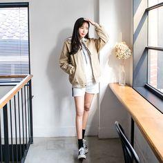 #envylook Collared Button Up Bomber Jacket #koreanfashion #koreanstyle #kfashion #kstyle #stylish #fashionista #fashioninspo #fashioninspiration #inspirations #ootd #streetfashion #streetstyle #fashion #trend #style