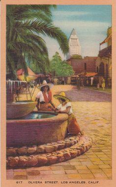 Olvera Street, Los Angeles, CA - Vintage Linen Postcard - Unused (GG)