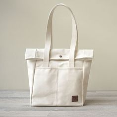 """Unstamped return mouth style tote bag"" canvas Japanese high poundage WINE"