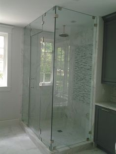 Immaculate Small Corner Custom Frameless Shower Doors In Custom Steam Shower Kits With Stainless Rain Head Showers As Well As Single White Windowed And Cool Black Bathroom Cabinetry As Decorate Guest Bathroom Design Frameless Shower Doors, Bathroom Design, Bathtub Remodel, Bathroom Cabinetry, Shower Stall Kits, Shower Doors, Guest Bathroom Design, Basement Bathroom Design, Bathroom Decor