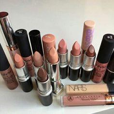 Many beautiful colours of lipstick