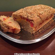 Yummyyyyy‼️😋👍🏼 Pão de batata doce recheado com queijo prato lac free e tomates picados‼️ INGREDIENTES: ✔️1 e 1/2 xícara de farinha de arroz orgânica e integral ✔️1 xícara de polvilho doce ✔️2 colheres de sopa de flocos de amaranto ✔️2 colheres de sopa de farinha de linhaça dourada ✔️1 colher de sopa de açúcar de coco ✔️1 colher de chá rasa de cmc ou goma xantana ✔️1 sachê de fermento biológico seco (10 g) ✔️ 3 colheres de sopa de óleo de coco líquido ✔️ 3 ovos orgânicos ou 2 ovos grandes…