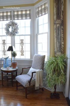 Dining Room Sitting Area - Housepitality Designs