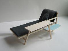 Chaise de sol en fr ne zaizu muji frene presse et chaises for Meuble japonais muji