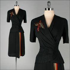 Vintage 1940s black rayon dress with sequins bird. Marvelous! #vintage #fashion #1940s